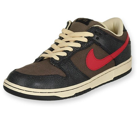 sale retailer ac8a6 a484f  3  Nike SB Dunk Mid