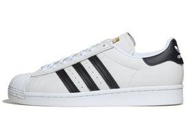 white skate trainers