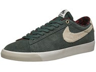 Nike SB Blazer Low GT Shoes Grove Green/Phantom/Red
