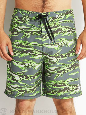 Hurley P30 Flammo Tiger Boardshorts Evergreen 32