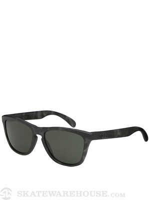 Oakley Frogskins Sunglasses  Matte Black Tort/Dark Grey